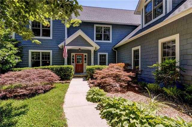 $1,039,000 - 4Br/4Ba -  for Sale in Lake Wylie, Lake Wylie