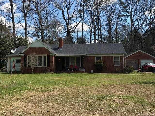 $190,000 - 3Br/2Ba -  for Sale in None, Charlotte
