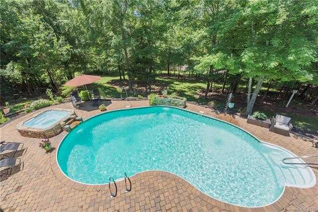 $817,000 - 4Br/5Ba -  for Sale in Walden Pond, Waxhaw