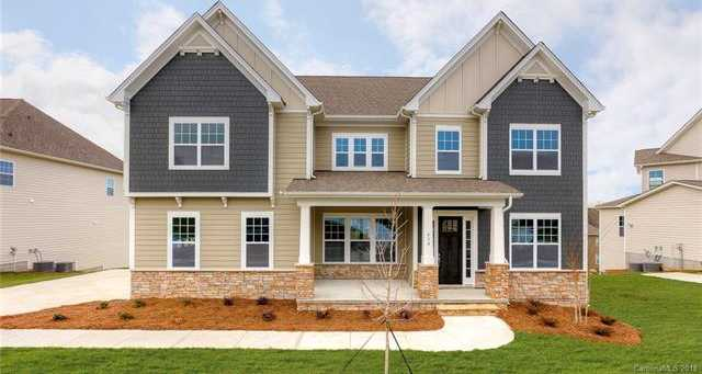 $559,900 - 5Br/4Ba -  for Sale in The Manors At Lake Ridge, Tega Cay