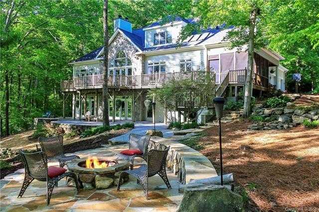 $789,900 - 4Br/4Ba -  for Sale in None, Charlotte