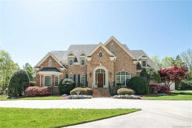 $885,000 - 5Br/7Ba -  for Sale in None, Concord