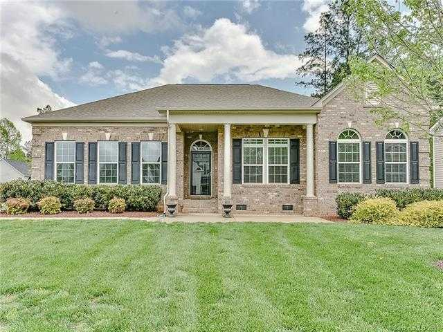 $315,000 - 3Br/2Ba -  for Sale in Lake Forest, Lake Wylie