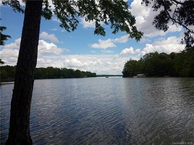 $349,900 - Br/Ba -  for Sale in Handsmill On Lake Wylie, York