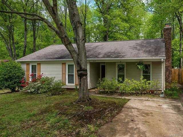 $190,000 - 3Br/2Ba -  for Sale in Shamrock Hills, Charlotte
