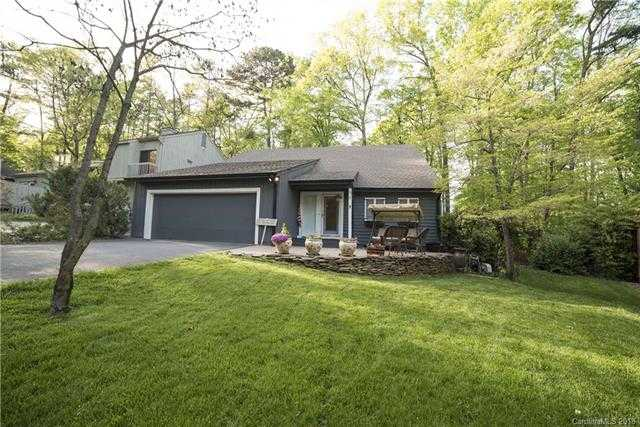 $344,000 - 4Br/3Ba -  for Sale in River Hills, Lake Wylie