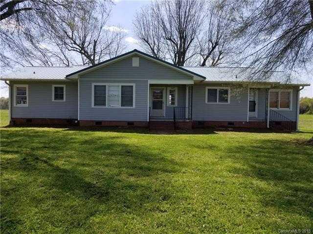 $189,900 - 3Br/1Ba -  for Sale in None, Mooresboro