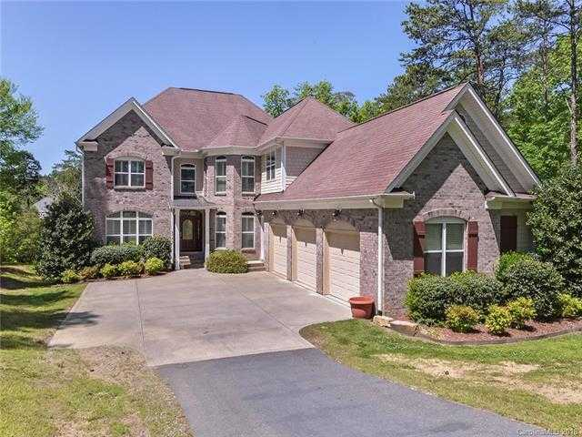 $850,000 - 5Br/6Ba -  for Sale in Windswept Cove, York