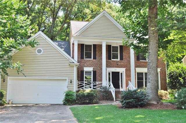 $289,900 - 4Br/3Ba -  for Sale in Cedarfield, Huntersville