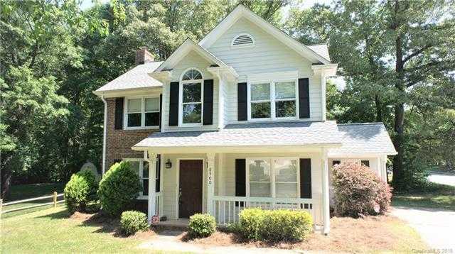 $185,000 - 3Br/3Ba -  for Sale in Cambridge, Charlotte