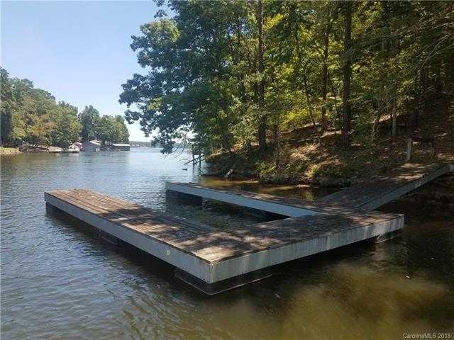 $249,000 - Br/Ba -  for Sale in Kiowa Pointe, Lake Wylie