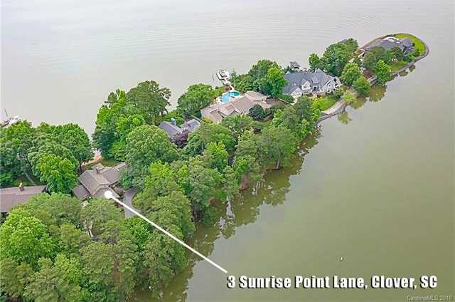 $1,000,000 - 4Br/4Ba -  for Sale in River Hills, Lake Wylie