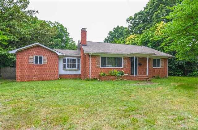 $227,000 - 4Br/2Ba -  for Sale in None, Charlotte