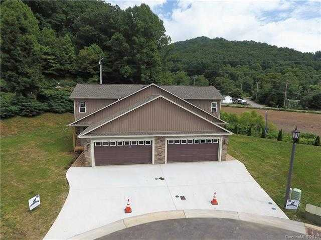 $289,900 - 2Br/3Ba -  for Sale in The Meadows At Campbell Mountain, Waynesville