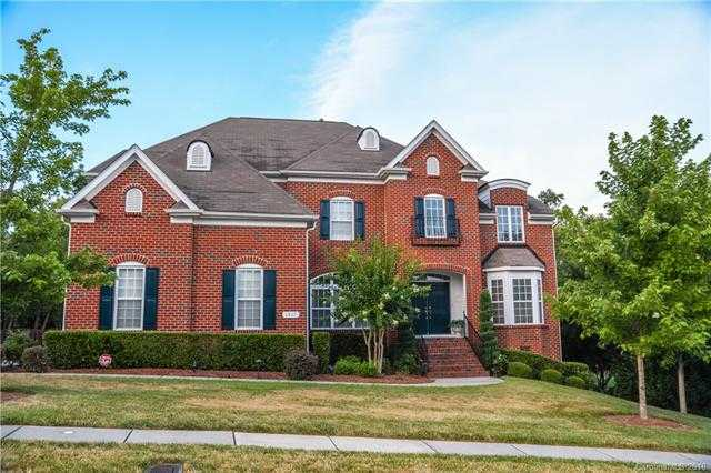 $475,000 - 5Br/4Ba -  for Sale in Highland Creek, Charlotte