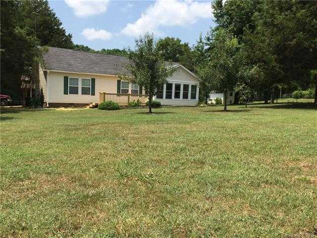 $219,900 - 3Br/2Ba -  for Sale in Countryside Estates, York