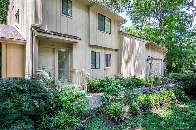 $338,000 - 4Br/3Ba -  for Sale in River Hills, Lake Wylie