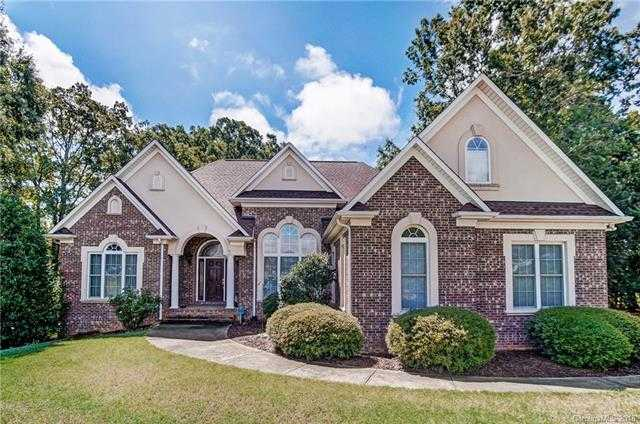 $399,900 - 3Br/4Ba -  for Sale in Garden View, Gastonia