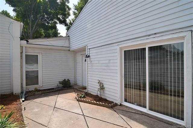 $79,900 - 3Br/2Ba -  for Sale in Stonington, Charlotte