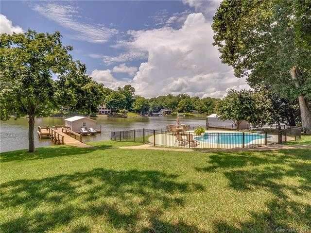 $799,000 - 5Br/3Ba -  for Sale in Riverwood, Charlotte