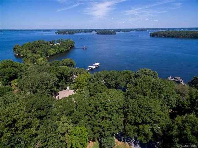 $1,000,000 - 4Br/4Ba -  for Sale in Twin Coves, Huntersville
