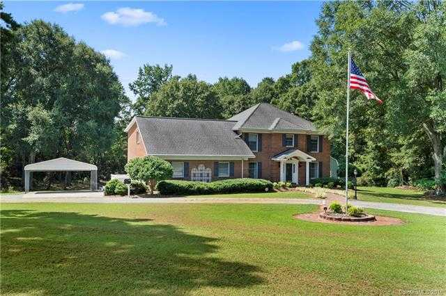$437,500 - 3Br/3Ba -  for Sale in None, Clover