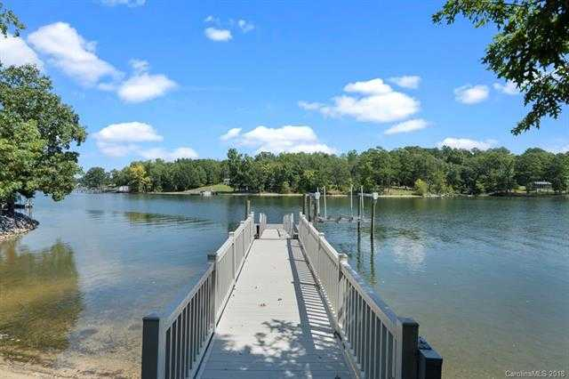$1,399,900 - 4Br/7Ba -  for Sale in None, Rock Hill
