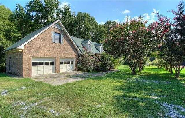$800,000 - 3Br/3Ba -  for Sale in None, Concord