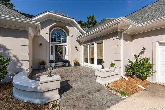 $490,000 - 5Br/4Ba -  for Sale in Riverpointe, Charlotte