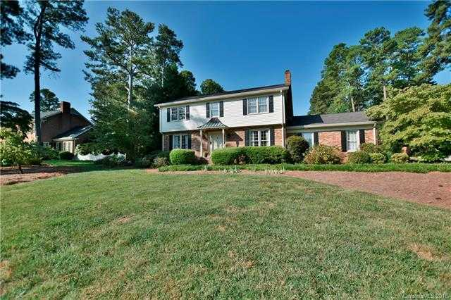$289,900 - 4Br/3Ba -  for Sale in Fairlawn, Rock Hill