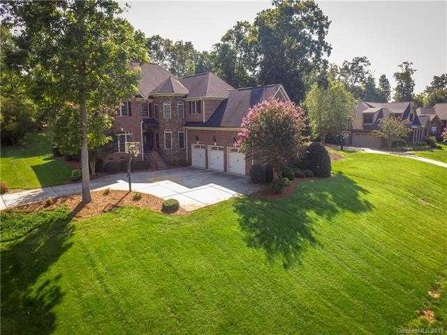 $499,000 - 4Br/4Ba -  for Sale in Lake Mist, Belmont