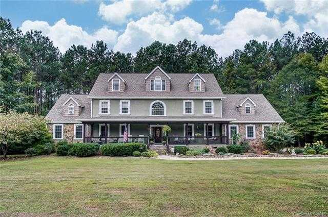 $659,000 - 5Br/4Ba -  for Sale in Mckee Point, Fort Mill