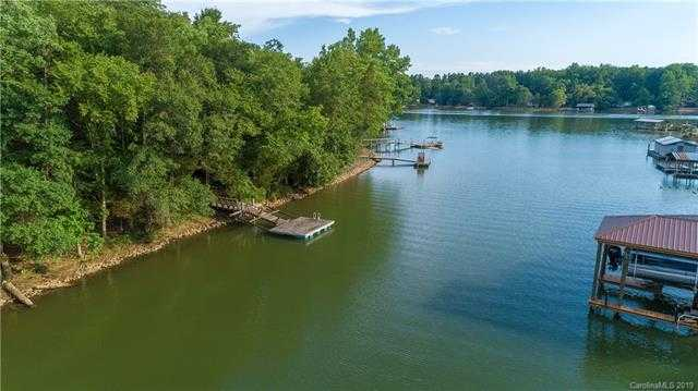 $449,000 - 2Br/1Ba -  for Sale in None, Lake Wylie