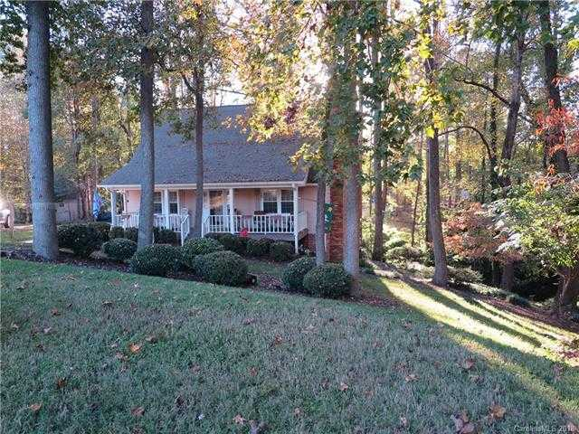 $189,000 - 3Br/3Ba -  for Sale in Lakewood Forest, Gastonia