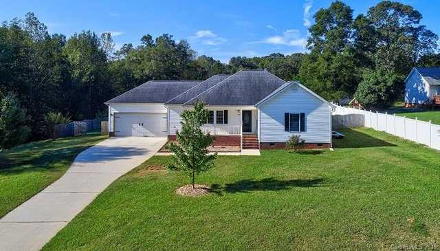 $225,000 - 3Br/2Ba -  for Sale in Carolina Acres, York