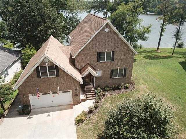 $715,000 - 4Br/3Ba -  for Sale in Riverfront, Lake Wylie