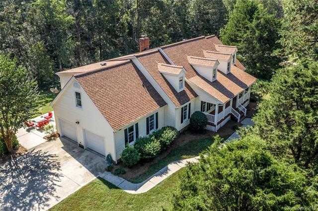 $997,675 - 3Br/4Ba -  for Sale in None, Huntersville