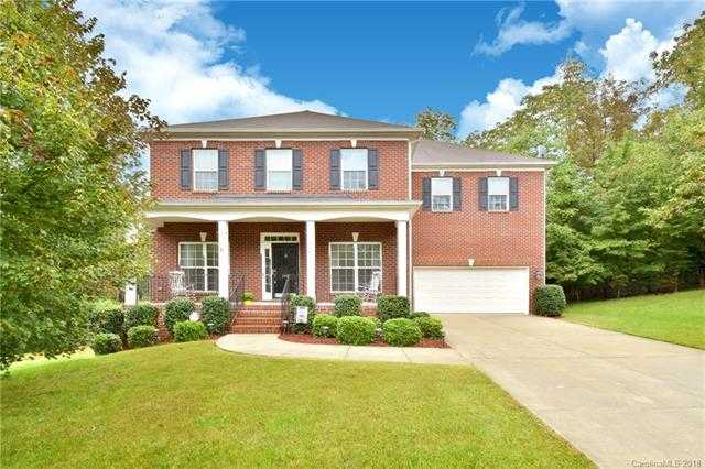 $389,900 - 5Br/3Ba -  for Sale in Highland Creek, Charlotte