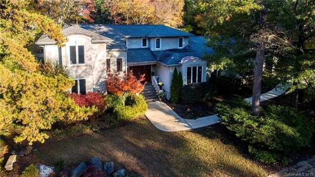 $529,000 - 4Br/4Ba -  for Sale in River Hills, Lake Wylie
