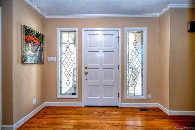 $387,000 - 3Br/4Ba -  for Sale in River Hills, Lake Wylie