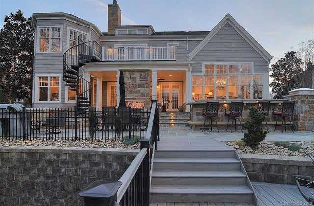 $1,250,000 - 5Br/5Ba -  for Sale in The Palisades, Charlotte