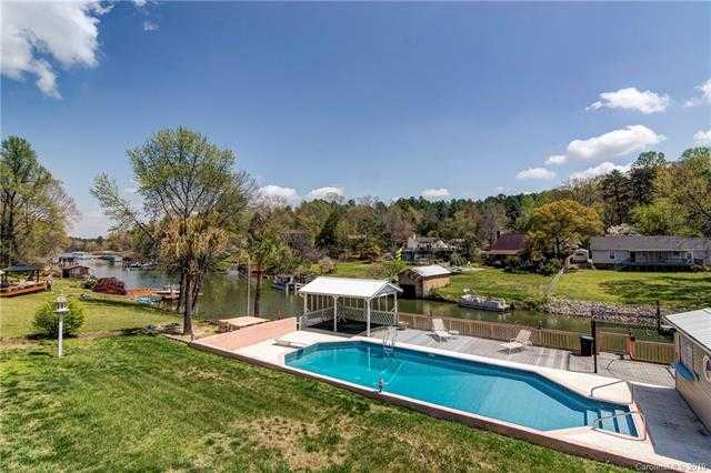 $539,900 - 3Br/4Ba -  for Sale in Lake Wylie, Rock Hill