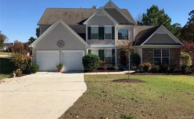 $357,500 - 4Br/4Ba -  for Sale in Highland Creek, Charlotte