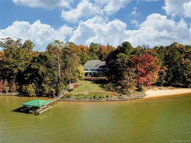 $1,085,000 - 4Br/4Ba -  for Sale in None, Charlotte