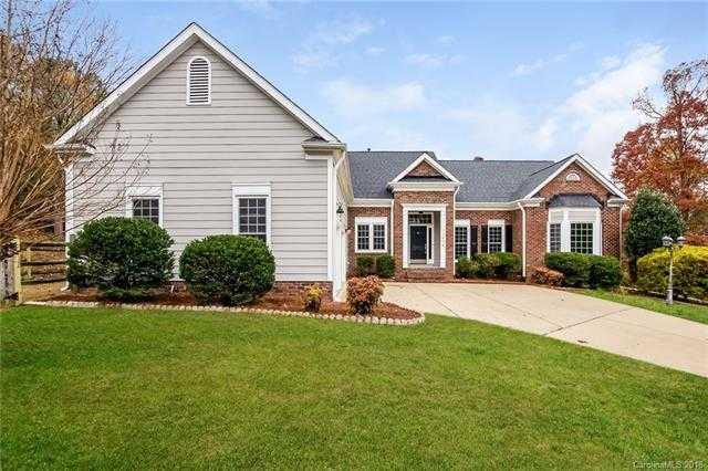 $356,000 - 3Br/3Ba -  for Sale in Riverpointe, Charlotte