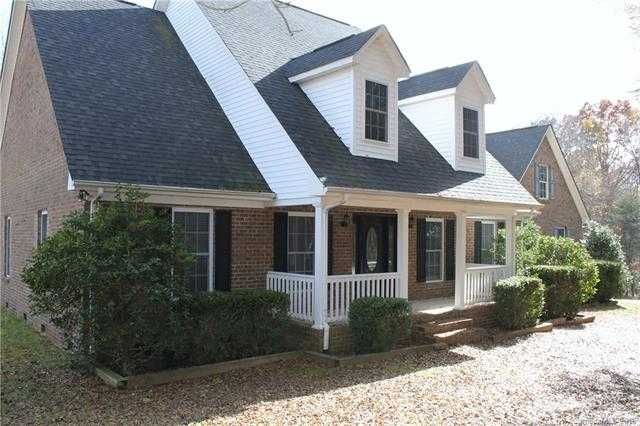 $450,000 - 3Br/3Ba -  for Sale in Southern Farms, Gastonia