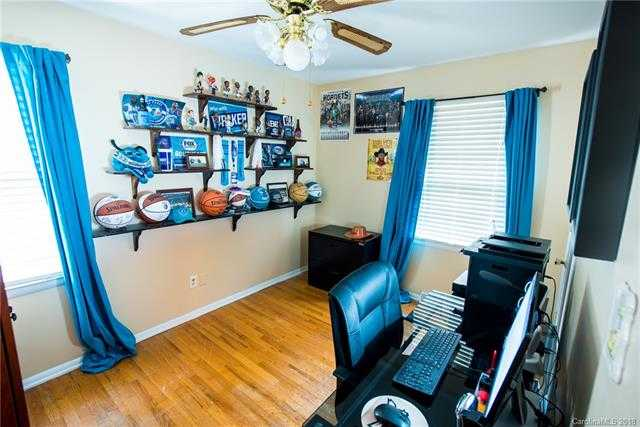 $182,500 - 3Br/2Ba -  for Sale in Hampshire Hills, Charlotte