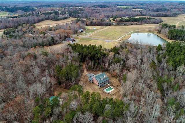 $799,900 - 2Br/4Ba -  for Sale in None, Concord