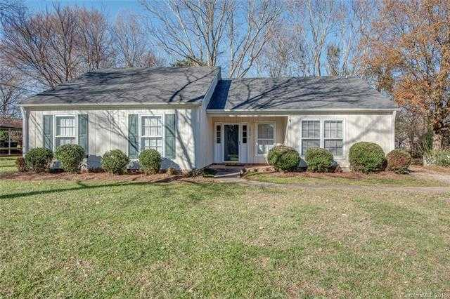$187,000 - 3Br/2Ba -  for Sale in Gardner Woods, Gastonia