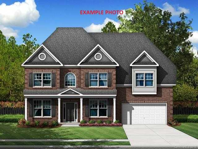 $538,000 - 5Br/5Ba -  for Sale in The Bluffs, Lake Wylie